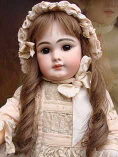 Very nice and expressive antique closed mouth DEP Bebe