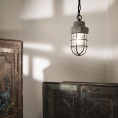 Kreatívne betónové svietidlo TNT s mriežkou Wall Lights, Ceiling Lights, Luster, Sconces, Led, Lighting, Vintage, Home Decor, Homemade Home Decor