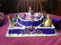 My version of a Sophia the First cake