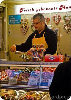 Jahrmarkt in Müllheim – dem Mann mit den Wiener Mandeln in den Topf geschaut