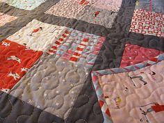 Mini Mushrooms: Four's a Charm Baby Quilt Pattern. Tutorial.