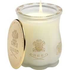 Creed Green Irish Tweed Candle (375 BRL) ❤ liked on Polyvore featuring home, home decor, candles & candleholders, candles, accessories, fillers, backgrounds, paris candle, parisian home decor and paris france home decor