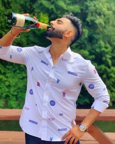 Cheers to Week Swipe Right for More, Double tap for love and Comment for REAL LOVE 💕 Stylish Boys, Stylish Girl Pic, Beard Styles Names, Parmish Verma Beard, Best Photo Background, Background Pictures, Mens Hairstyles Fade, Funny Couple Pictures, Best Profile Pictures
