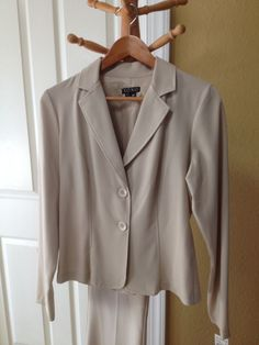 BRAND NEW w/TAGS!  XOXO Beige Jacket & Pant Suit  Size - Medium - Retails $75   #XOXO #PantSuit