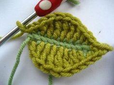 Attic24: Crochet leaf tutorial