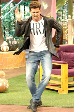 Hrithik Roshan gets in the groove on 'The Kapil Sharma Show'. #Bollywood #Fashion #Style #Handsome