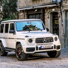 """Mercedes-Benz - """"There Is Much More To Read! When G-Class combines with AMG, the results are awe-inspiring Mercedes Auto, Mercedes G Wagon, Mercedes Benz Amg, Mercedes Benz Models, Benz Car, Bugatti, Lamborghini, Ferrari, Best Luxury Cars"""