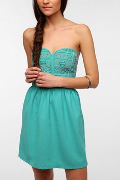 Staring At Stars Embroidered Bodice Strapless Dress - Urban Outfitters