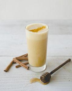 almond cashew milk turmeric smoothie