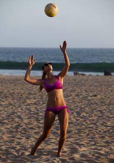 #ROXYOutdoorFitness Beach Volleyball in the Onshore Bikini with Rachel Moore