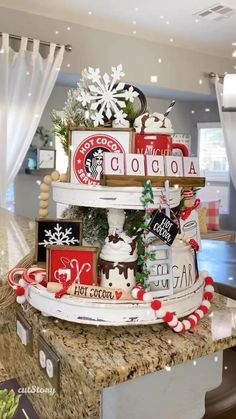 Gingerbread Christmas Decor, Country Christmas Decorations, Christmas Centerpieces, Rustic Christmas, Xmas Decorations, Christmas Decor For Bathroom, Christmas Decorating Themes, Christmas Candy Bar, Farmhouse Christmas Kitchen