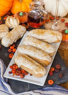 Perfect for fall - these maple pumpkin eclairs are made with spiced pate a choux dough, creamy pumkin whipped cream and a maple glaze. Fall Dessert Recipes, Desserts To Make, Fall Desserts, Fall Recipes, French Desserts, Pumpkin Recipes, Tatyana's Everyday Food, Eclair Recipe, Salted Caramel Frosting