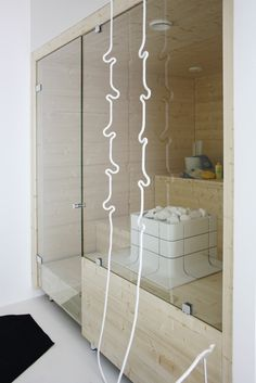 Sauna kohteessa Talo Luck, Asuntomessut 2014 Jyväskylä Divider, Bath, Interior, Room, Furniture, Saunas, Home Decor, Bedroom, Bathing