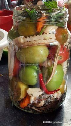 reteta gogonele murate in saramura pentru iarna Romanian Food, Romanian Recipes, Pickels, Pickling Cucumbers, Fermented Foods, Canning Recipes, Health And Nutrition, Fall Recipes, Goodies