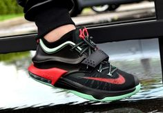 "Nike KD 7 ""Good Apples"" On Feet Look 