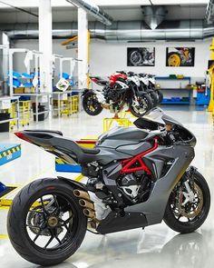 New sport bike motorcycles mv agusta ideas Mv Agusta, Moto Bike, Motorcycle Bike, Motorcycle Design, Custom Sport Bikes, Gilles Villeneuve, Cool Motorcycles, Cafe Racer, Super Bikes