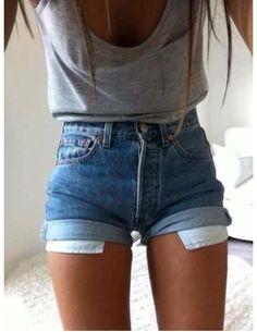 Denim shorts grey singlet