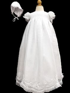 bf608cef87c1c Next stop: Pinterest Baptism Gown, Christening Gowns, Vintage Outfits,  Vintage Clothing,