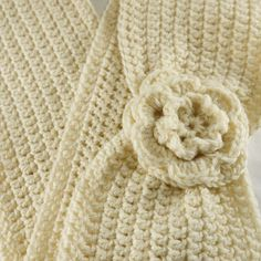 Google Image Result for http://www.purl1design.co.uk/ekmps/shops/weekes/images/rcular-scarf-with-flower-crochet-kit-%5B4%5D-455-p.jpg