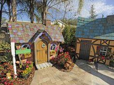 My Yard Goes Disney : Brandon Johnson : Home & Garden Television  Love the colorful Playhouse!