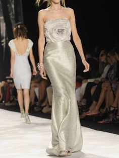 Badgley Mischka dress - great detailing on the bodice.