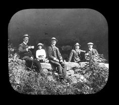 Group at King's Cave, Linden, Blue Mountains, 1912