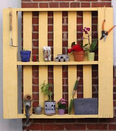 Transform a pallet into pretty storage with this how-to tutorial.