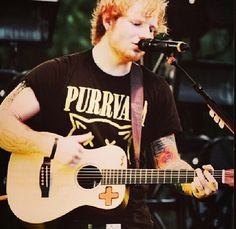 "Ed Sheeran's ""Purrvana"" shirt!!!"