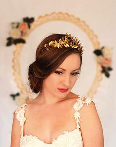 21 Wedding Updos That Go Way Beyond the Low Bun via Brit + Co.