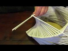YouTube Recycled Paper Crafts, Paper Crafts Origami, Paper Crafts For Kids, Diy Paper, Diy And Crafts, Newspaper Basket, Newspaper Crafts, Newspaper Flowers, Christmas Wooden Signs