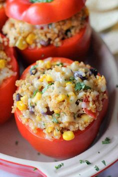 Photos via: Damn Delicious Quinoa Stuffed Bell Peppers recipe - Love this healthy Mexican take on stuffed peppers. Veggie Recipes, Dinner Recipes, Cooking Recipes, Meatless Recipes, Cooking Bacon, Easy Recipes, Dinner Ideas, Lunch Ideas, Cooking Kale