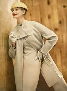 1956 Sunny Harnett in beige and white wool tweed coat to match the sheath underneath (seen in next picture) from Vogue Pattern