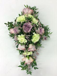 Oppgve 3 -Båredekorasjon - Blomster Lovise
