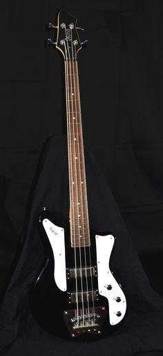 Top class guitar! Guitar Girl, Guitar Amp, Acoustic Guitar, Telecaster Bass, Vintage Bass, All About That Bass, Low End, Gallows, Bass Guitars
