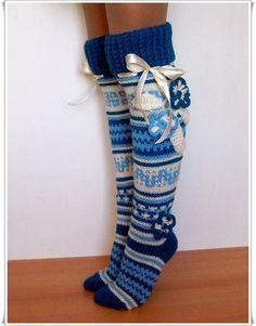 Items similar to Gift ideas Woolen leggings Wool Knee high Knee socks for the home Knee-high knitted Woolen socks in handmade Woman socks Gaiters on Etsy Knit Mittens, Crochet Slippers, Knitting Socks, Baby Knitting, Mode Crochet, Knit Crochet, Cute Socks, Wool Socks, Girls Socks