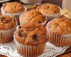 Muffins au miel et aux raisins secs : http://www.fourchette-et-bikini.fr/recettes/recettes-minceur/muffins-au-miel-et-aux-raisins-secs.html