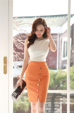 Ideal And Almost Perfect Classy Work Outfits Korean Fashion Work, Work Fashion, Hijab Fashion, Fashion Dresses, Fashion Styles, Fashion Brands, Skirt Outfits, Dress Skirt, Professional Outfits