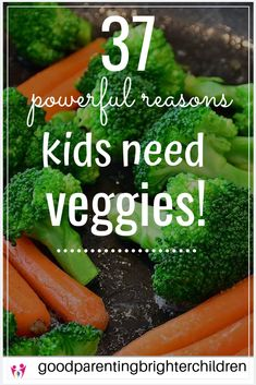 Here are 32 ideas, suggestions & tips about why veggies for kids. Included are ideas for picky eaters, easy veggie snacks, eating raw fresh veggies, low carb veggies & more. Healthy Kids, Healthy Recipes, Happy Healthy, Healthy Summer, Salad Recipes, Eating Raw, Healthy Eating, Brain Boosting Foods, Cucumber On Eyes