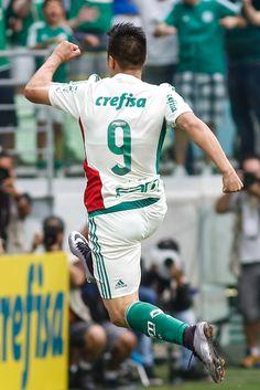 Cristaldo faz terceiro gol seguido e já sabe: será titular de novo na quarta #globoesporte