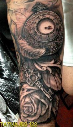 Tatuaje original sobre el paso del tiempo