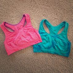 Champion Seamless XL Compression Sports Bra Bundle Champion Seamless XL Compression Racerback Sports Bras Bundle! Vibrant Hot Pink and Marbled Teal/Electric Blue. So Comfortable! Ready to be Debuted at Your Gym!  Please comment about buying separately if not interested in bundling! Champion Intimates & Sleepwear Bras