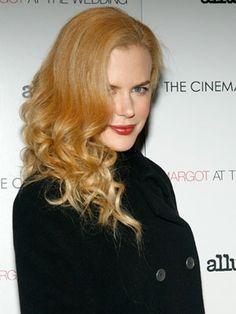 Nicole Kidman red with golden tones