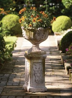 Charleston Gardens: Your source for seasonal and holiday decor, artisan-crafted home and garden furnishings and memorable gifts. Container Flowers, Container Plants, Container Gardening, Plant Containers, Urn Planters, Outdoor Planters, Vases, Cottage Style Furniture, Charleston Gardens