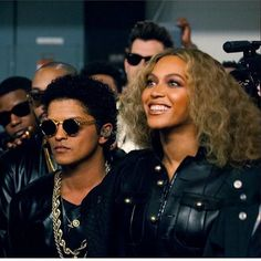 """1.7m Likes, 22k Comments - Bruno Mars (@brunomars) on Instagram: """"When Beyonce is having a conversation with Jesus and you over here reflecting about all the…"""""""