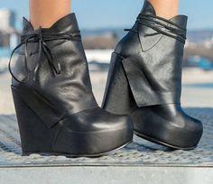 Black Genuine Leather boots/black genuine leather platform