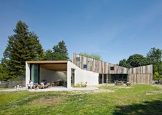 Artist Studio and Workshop / Mork-Ulnes Architects