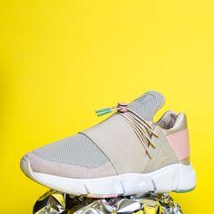 Lookbook Spring / Summer 2019 l Asfvlt Sneakers Street Chic, Balenciaga, Adidas Sneakers, Fall Winter, Spring Summer, Fashion, Moda, Fashion Styles
