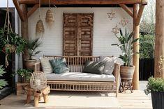 Boho Garden Ideas, Garden Inspiration, Outdoor Spaces, Outdoor Living, Outdoor Decor, Casa Patio, Surf House, Backyard Retreat, Home Upgrades