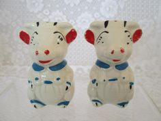Vintage Shawnee Pottery Cows ~Salt and Pepper Shakers~USA