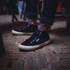 Dot up the town.  @ramskiputra #HappySocks #HappinessEverywhere